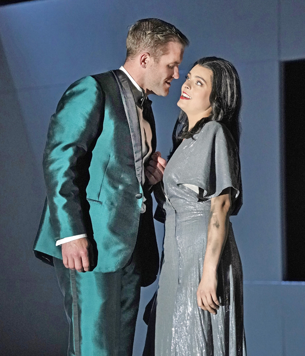 Couple on stage, Cosi fan tutte